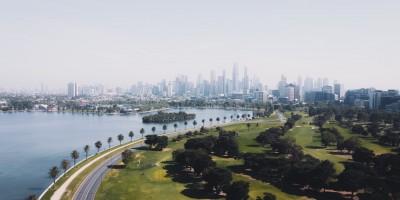 Melbourne australia on horizon– Remote Report